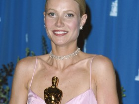 71st-annual-academy-awards-press-room-1